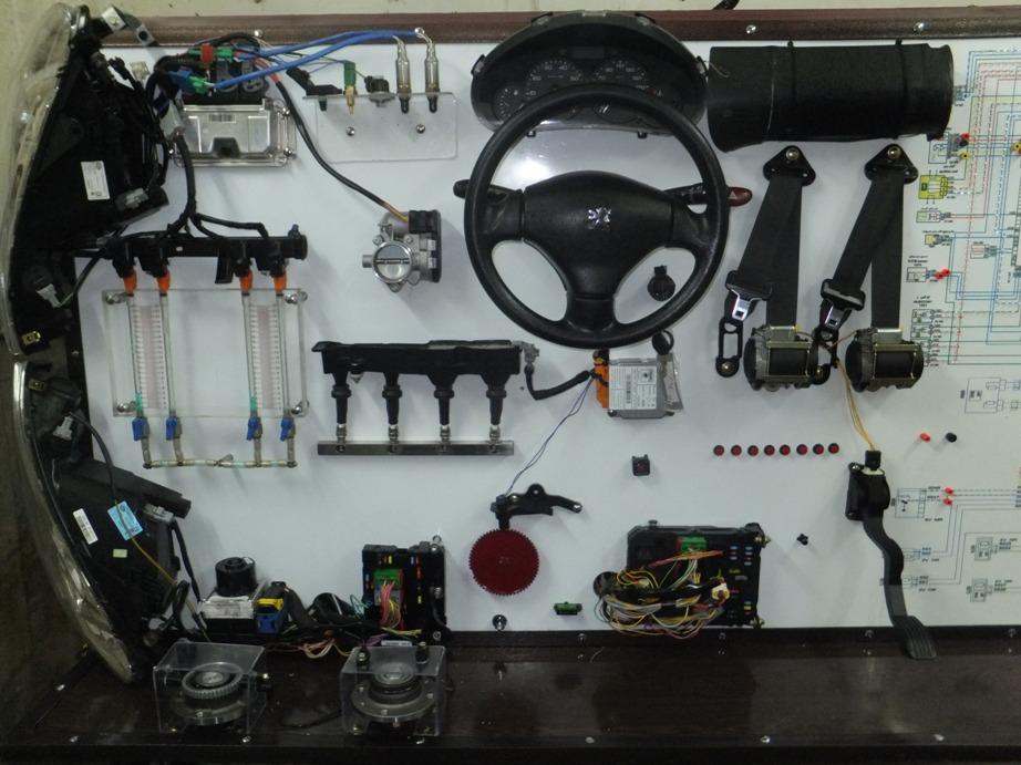 تجهیزات آموزشی مکانیک خودرو مهندس آقایی